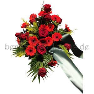 Blumen in Rot für Beerdigung, Trauerfeier und als Grabschmuck an Gedenktagen