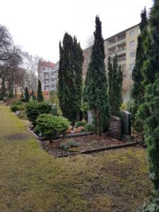 Friedhof-mitten-in-Stadt