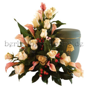 Edles Urnennebengesteck mit Rosen und Calla in Creme - Rosé
