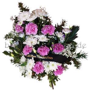 Trauergesteck in Pink und Weiß mit Trauerband zur Beisetzung
