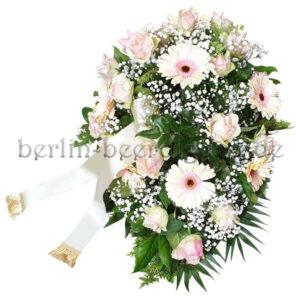 Ovales Trauergesteck für Beerdigung | Weiß Rosé