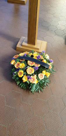 Trauerkranz für eine Beerdigung