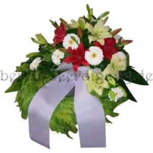 Großer Gedenkkranz mit Liliengesteck Rot-Weiß 60cm